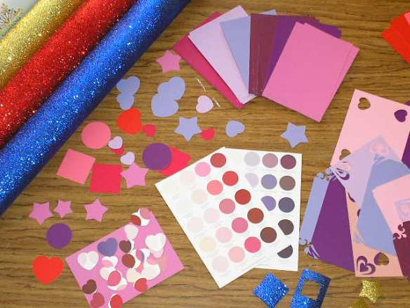 MAKING CARDS: Wrapping paper scraps, paint color and color range cards