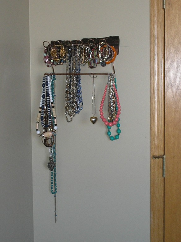 Artzzle Fun Find Projects, Jewelry Rack