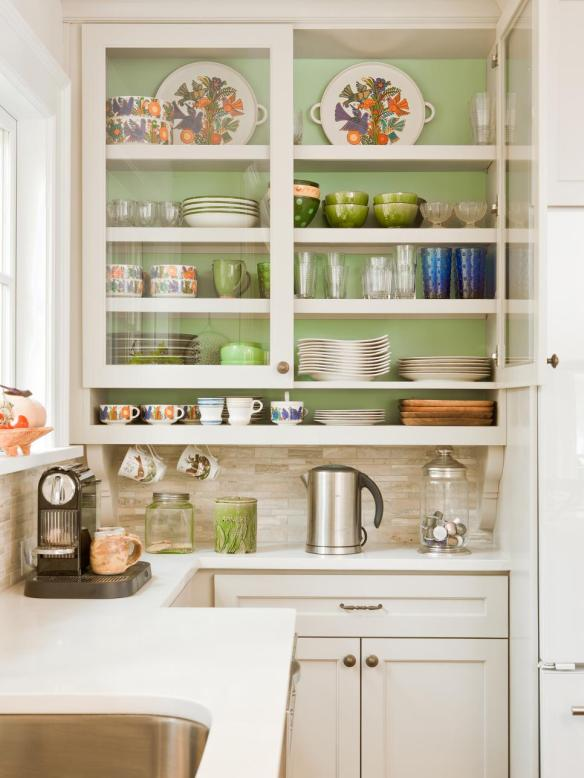 DP_Renewal-Design-Build-White-Kitchen_s3x4.jpg.rend.hgtvcom.966.1288